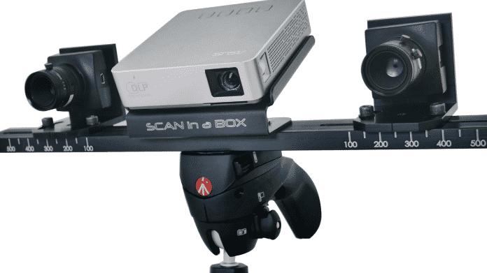 """Ausprobiert von Make: 3D-Lichtmuster-Scanner """"Scan in a Box"""""""