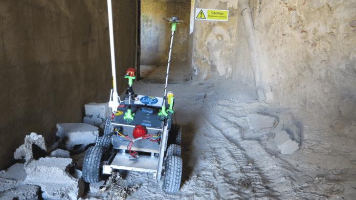 Notfall-Robotik: Polnischem Roboter gelingt punktgenauer Abwurf eines medizinischen Hilfspakets
