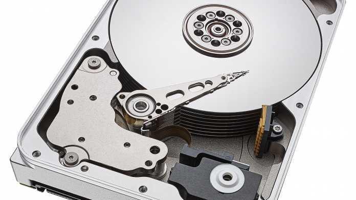 Seagate: 12-TByte-Festplatten für Desktop und NAS
