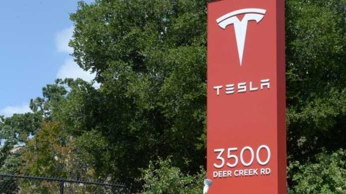 Tesla-Schild