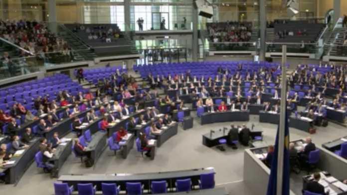 Bundestag setzt halbgaren Ausschuss für Digitalpolitik wieder ein