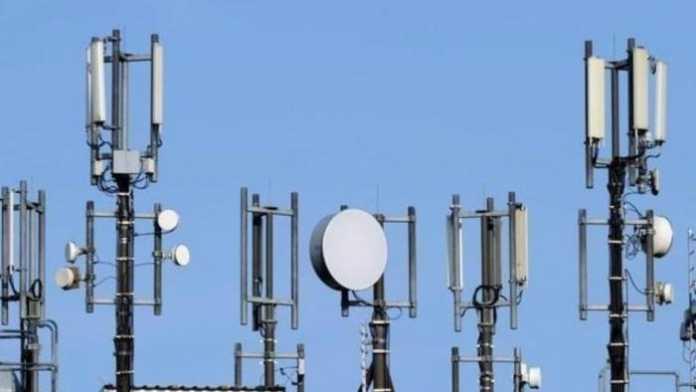 """IMSI-Catcher, """"Stille SMS"""" und Funkzellenauswertung: Digitale Überwachung auf Allzeit-Hoch"""