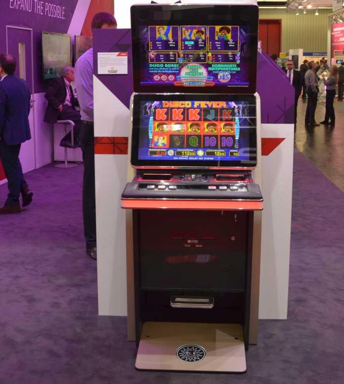 Gauselmann-Spielautomat mit AMD-Prozessor auf der Embedded World 2016