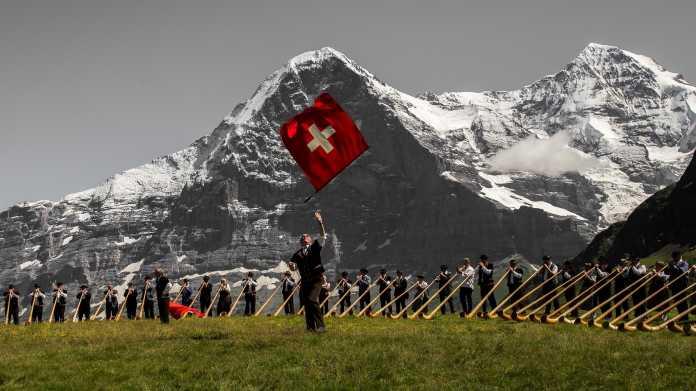 Reaktionen auf die Volksabstimmung zur Abschaffung Schweizer Rundfunkgebühren