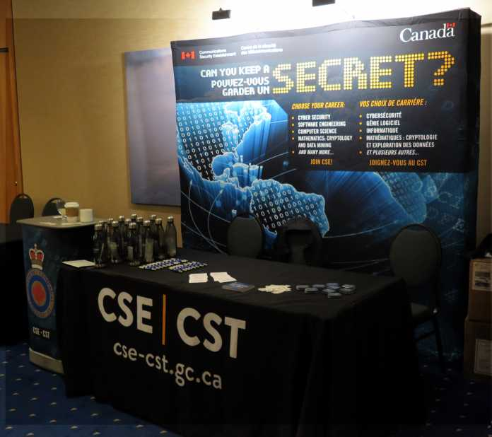 "Messestand ""Can you keep a Secret? Communication Security Establishment Canada"""