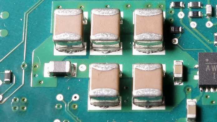 MLCC-Kondensatoren und SMD-Widerstände