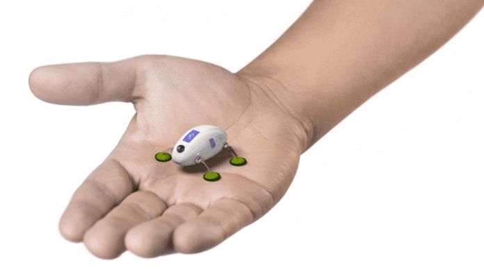 Robotische Insekten zur Motorwartung