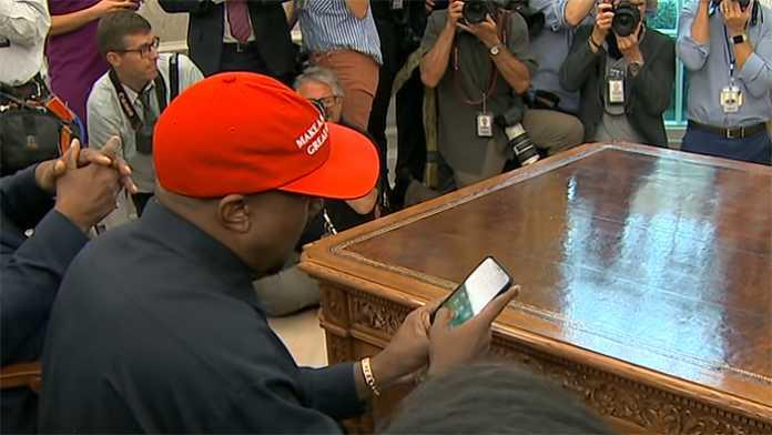 """l+f: US-Rapper Kanye West geht auf """"Nummer sicher"""""""