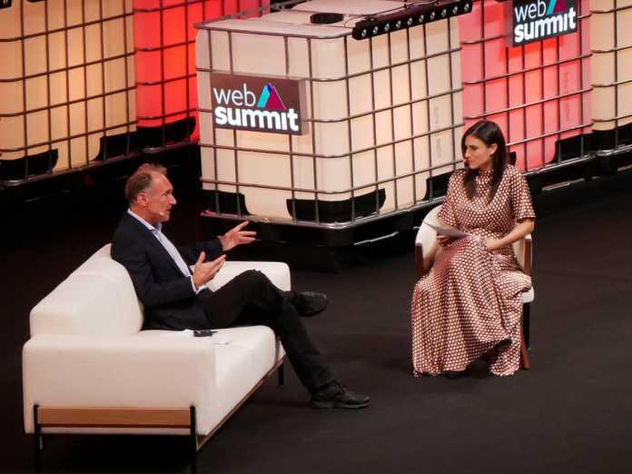 Tim Berners-Lee im Gespräch mit Laurie Segall (CNN).