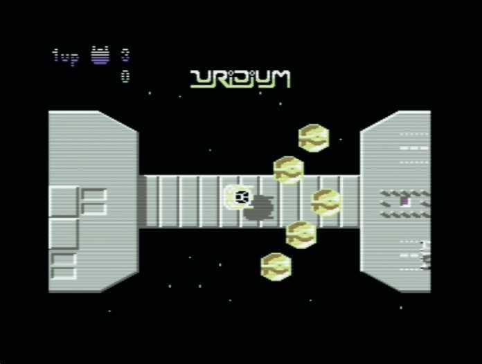 Die Weltraumballerei Uridium faszinierte durch butterweiches Scrolling und hervorragende Animationen.