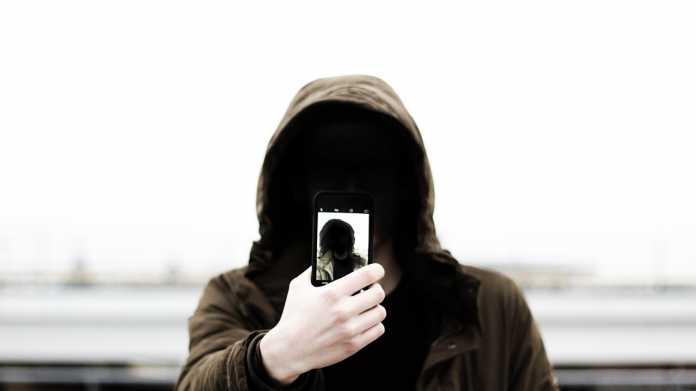 Telefonbetrug: Android-App schickt Opfer direkt zu den Tätern