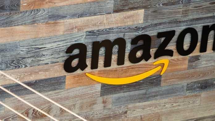 Amazon erneut mit Rekordgewinn, Umsatzwachstum flaut weiter ab