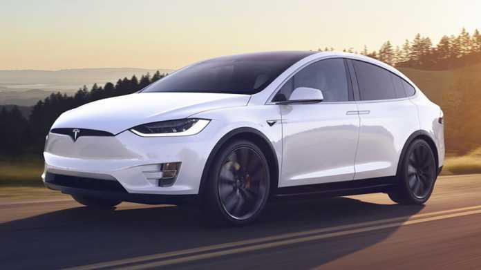 Anlagefirma: Tesla ist der Konkurrenz mit neuem FSD-Chip vier Jahre voraus
