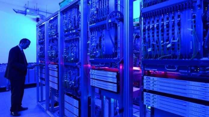 Arbeit im Serverraum