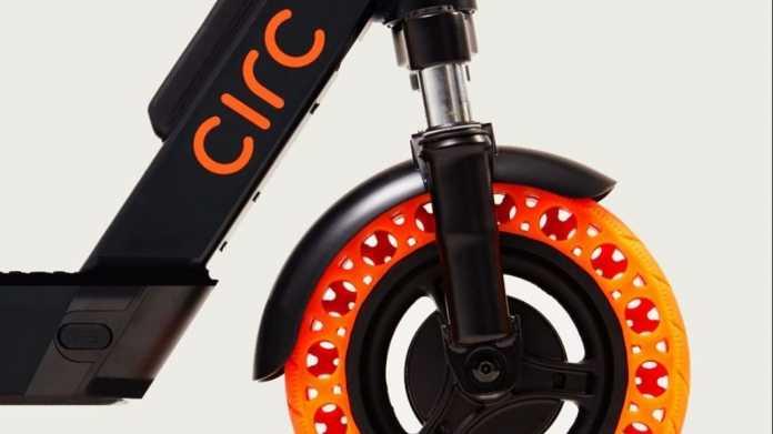 Aus Flash wird Circ: Erster E-Tretroller-Verleih im Ruhrgebiet am Start
