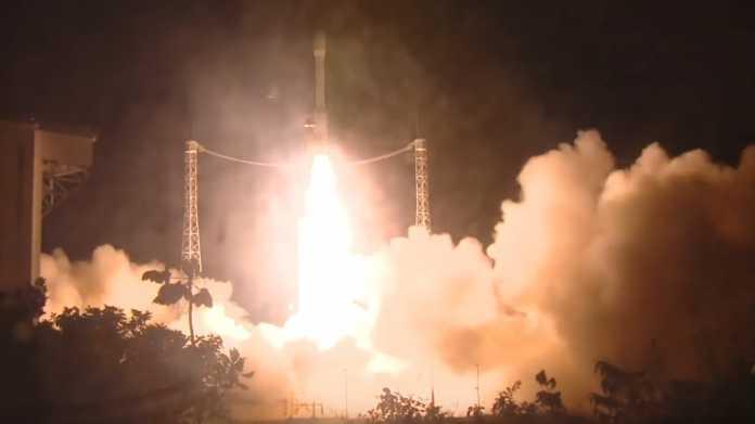 Arianspace: Europäische Vega-Rakete geht kurz nach Start verloren