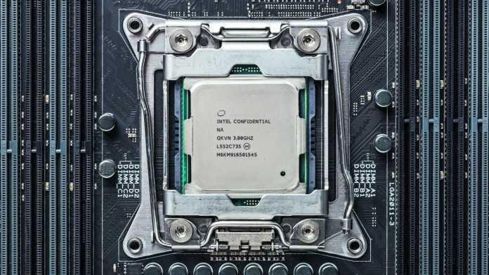Intel Core i7-6900 alias Broadwell-E auf X99-Mainboard