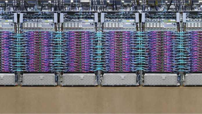 Nitro, Corsica, TPU: Spezial-Hardware in Rechenzentren