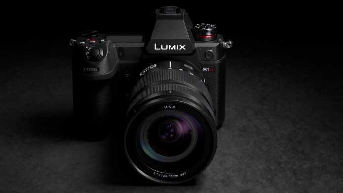 Panasonic Lumix S1H verfügbar: Spiegellose Systemkamera für Video
