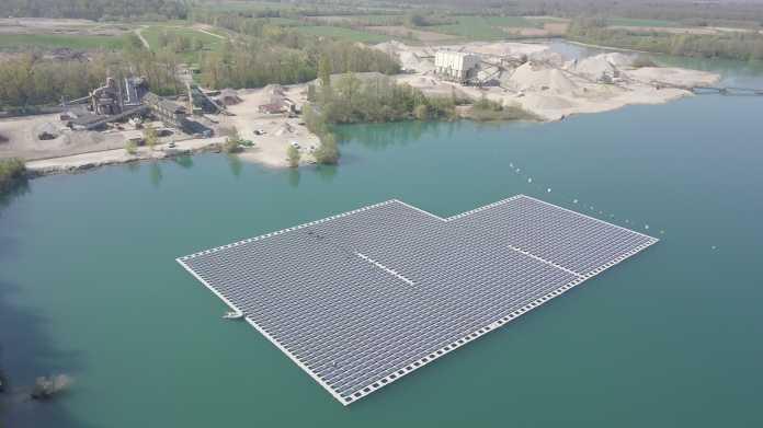 Schwimmende Photovoltaik: Baggerseen könnten für Solaranlagen genutzt werden