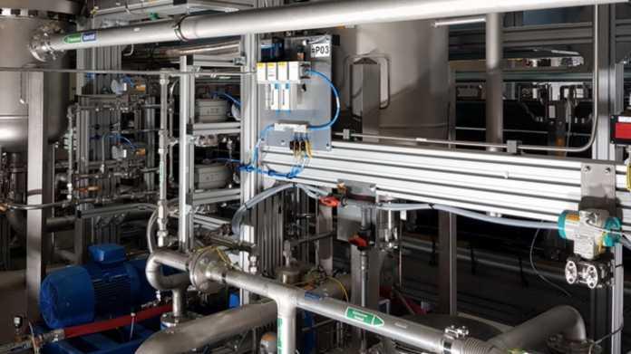 Hamburg will weltgrößte Wasserstoff-Elektrolyse in den Hafen holen
