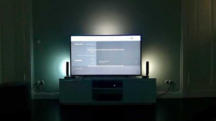Anders als beim fest verbauten Ambilight müssen Nutzer der Hue Play HDMI Sync Box auf ausreichend große Leuchten achten.