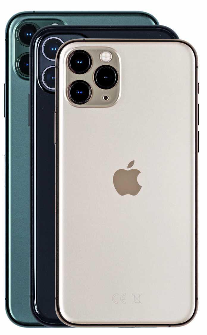 Das iPhone 11 siedelt sich größenmäßig zwischen dem 11 Pro (vorne) und dem 11 Pro Max (hinten in Nachtgrün) an.