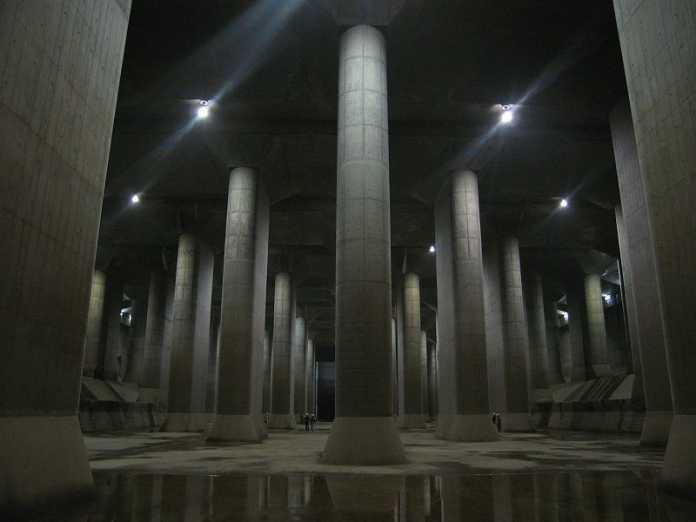 Post aus Japan: Flutschutz rettet Tokio
