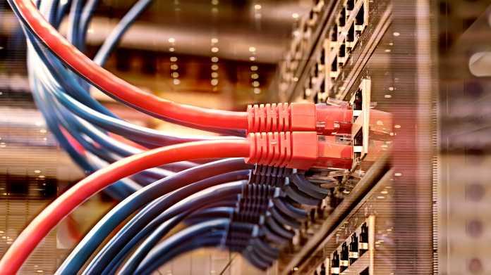 Wegen nationaler Sicherheit: US-Telekomaufsicht plant Bann gegen Huawei und ZTE