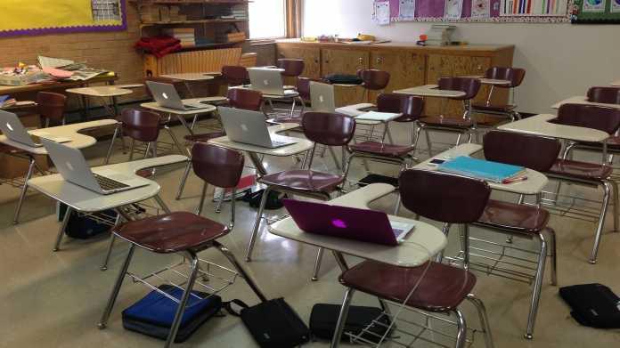 Gaggle: Echtzeitüberwachung von US-Schülern mit Künstlicher Intelligenz