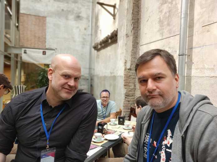 Nextcloud-Chef Frank Karlitschek und KDE-Entwickler Mirko Böhm fordern einen Sinneswandel bei den Open-Source-Entwicklern.