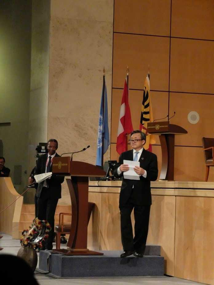 UN-Untergeneralsekretär unseres Departments for Economic and Social<br /> Affairs, Liu Zhenmin, sowie Chengetai Masango, IGF Program and<br /> Technology Manager (beim IGF in Genf). Die beiden sind auch dieses Jahr<br /> dabei.