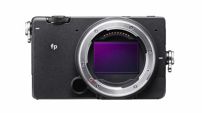 Sensor und ein bisschen Gehäuse: Die Sigma fp ist eine besonders kompakte Vollformat-Spiegellose.