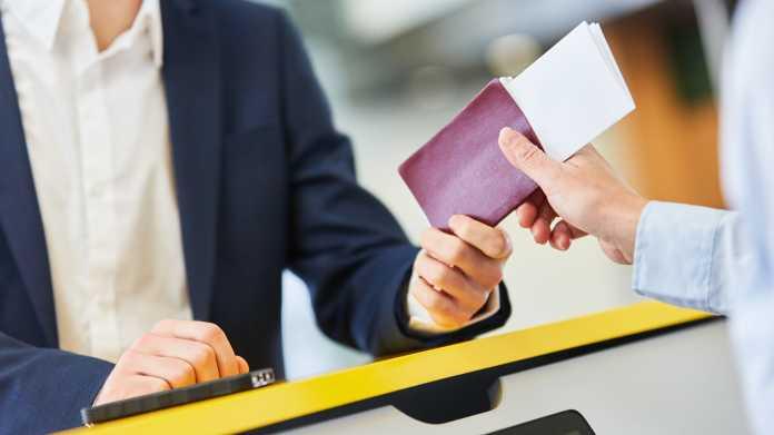 Himmels-Rasterfahndung: EuGH soll über Fluggastdatenspeicherung entscheiden