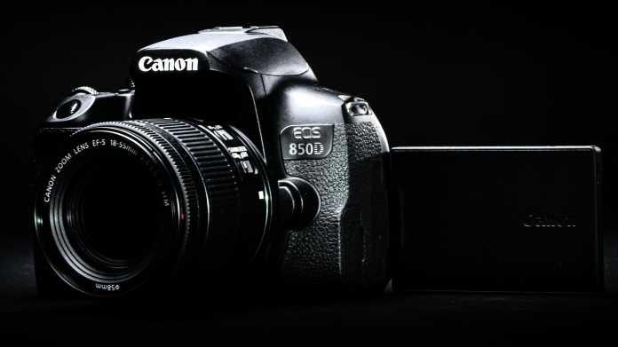Canon: Einsteiger-Spiegelreflexkamera EOS 850D mit Augen-Autofokus