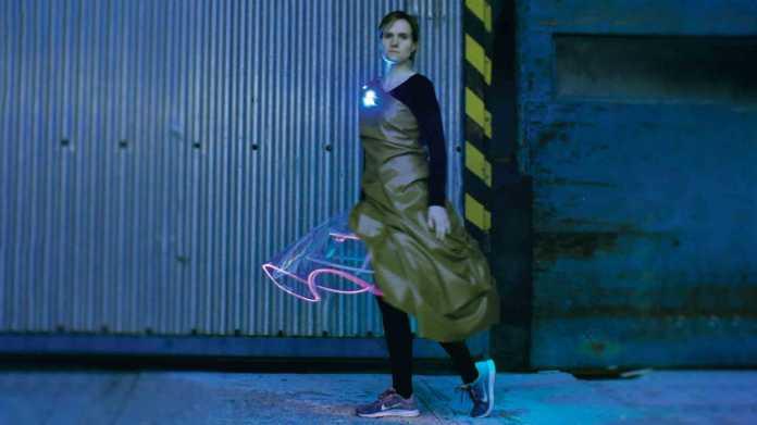 Der Glasfasertrick: Kleidung leuchten lassen