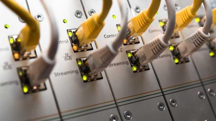 Videokonferenzen, VPNs, Gaming: Mehr Datenverkehr am DE-CIX