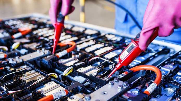 Elektroautos: Umweltbundesamt will mehr Recycling-Kapazitäten