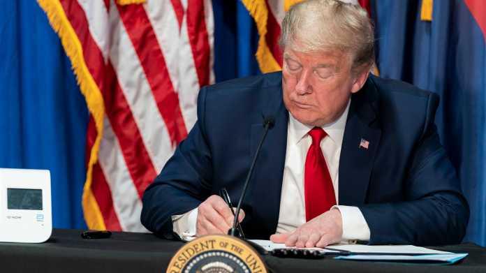 """Twitter vs Trump: Angriff auf """"das wichtigste Internetgesetz der Welt"""""""