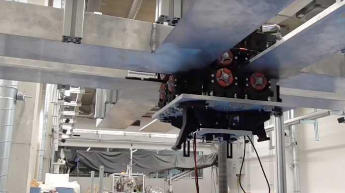 ICRA: Modulare Roboter an Decken-Schienen sorgen für mehr Flexibilität