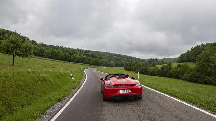 Test Porsche 718 Spyder