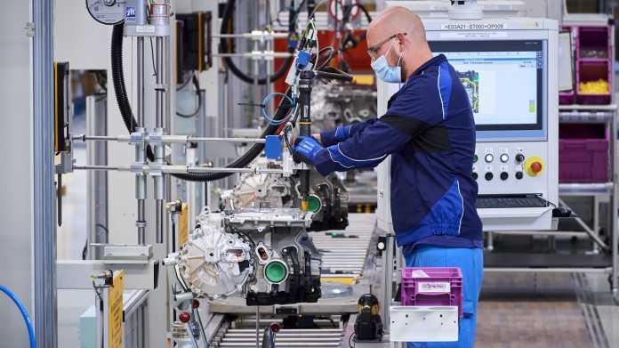 BMW eröffnet in Dingolfing Fabrik für 500.000 E-Antriebe jährlich