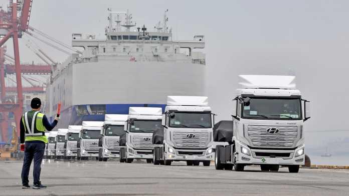 Xcient Fuel Cell: Hyundai schickt erste schwere Brennstoffzellen-Lkw nach Europa