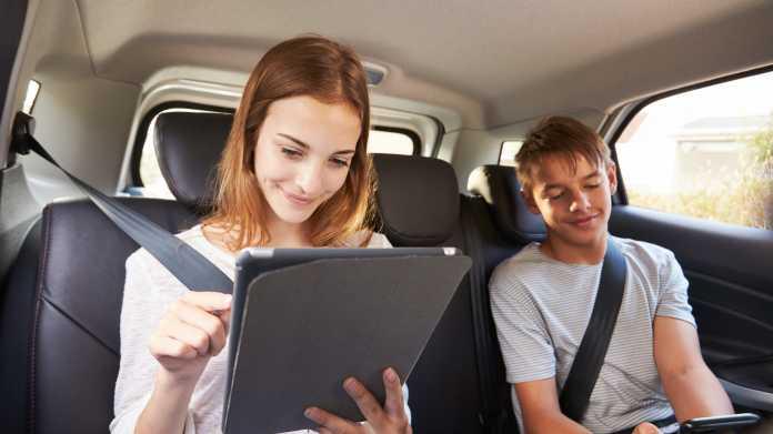 LTE unterwegs ausreizen: Mobile Router und Surfsticks für Urlaub und Auto
