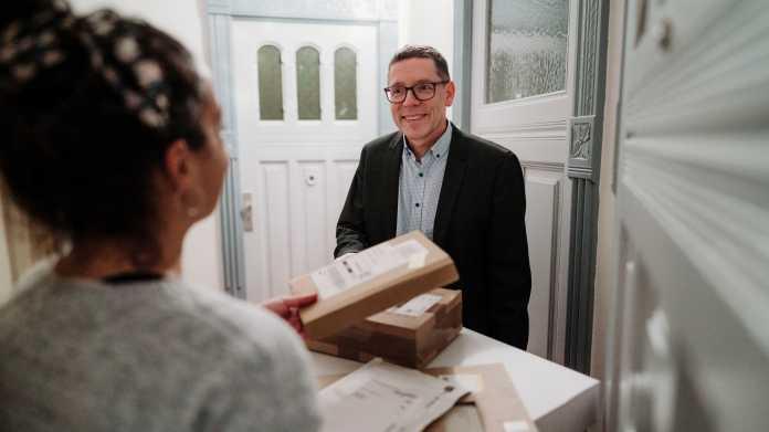 Lieferdienst Kiezbote bringt Pakete vom Mikrodepot zur Wunschzeit ins Haus