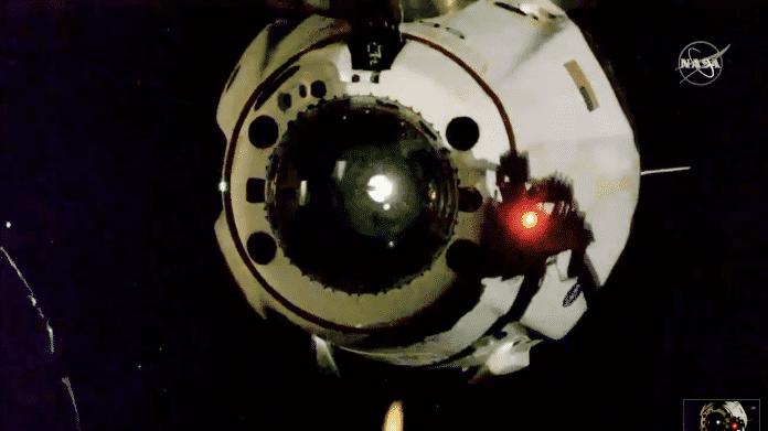 Landung Sonntag: US-Astronauten mit SpaceX-Kapsel von ISS auf dem Weg zur Erde