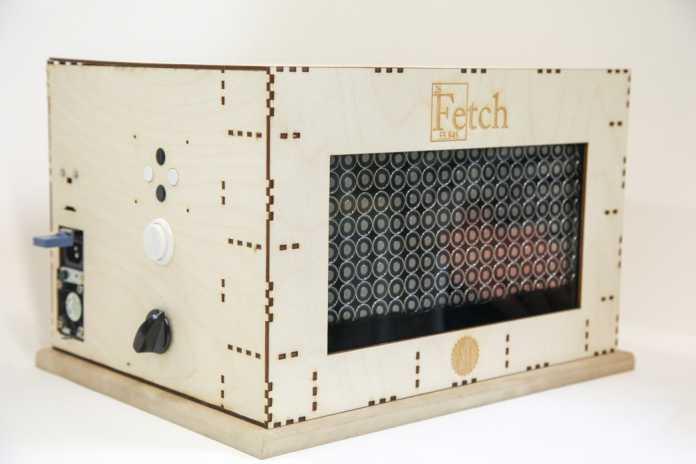 252 einzeln angesteuerte Elektromagnete ziehen das Ferrofluid in beliebige Formen.