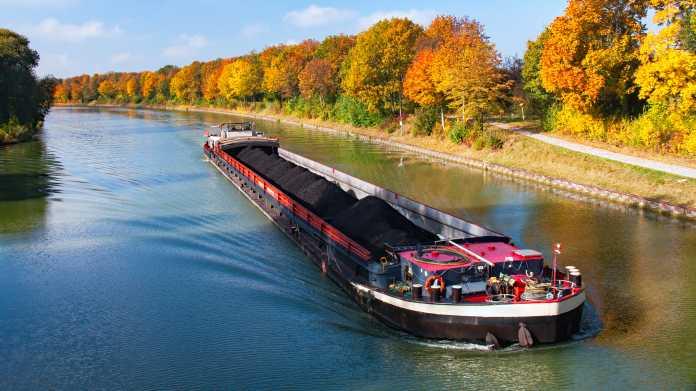 Schifffahrt: Steuermann von Bord