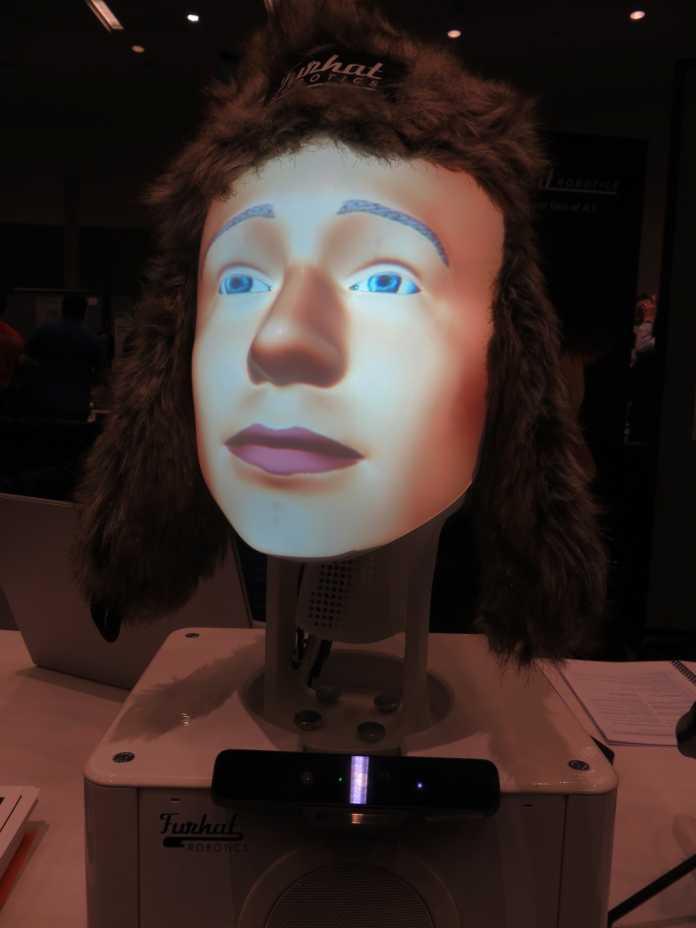 Cette tête robotique (vue à la conférence HRI 2018) peut probablement être réconfortée comme une