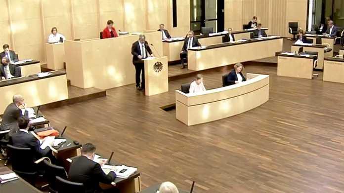 Bundesrat: Mecklenburg-Vorpommern drängt auf Vorratsdatenspeicherung